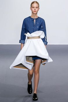 An artist literally wearing her canvas! Viktor & Rolf Paris Haute Couture Fashion Week Fall 2015