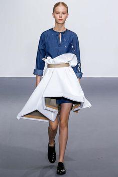 An artist literally wearing her canvas! Viktor & Rolf Paris Haute Couture Fashion Week Fall 2015