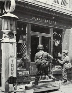 World War II Images — Carentan, 1944. 101st Airborne Division