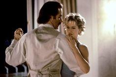 FRENCH KISS. MEG RYAN and kevin kline dance