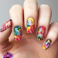 A dream catcher is not only a nice-looking nail art but also a potent protective symbol. If you want both to spice your nails with a stylish manicure Nail Swag, Halloween Nail Designs, Halloween Nails, Bright Nail Designs, Nail Art Designs, Dream Catcher Nails, Dream Catchers, Latest Nail Art, Bright Nails