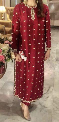 Pakistani Fashion Party Wear, Pakistani Wedding Outfits, Pakistani Bridal Dresses, Pakistani Dress Design, Indian Dresses, Designer Party Wear Dresses, Bridal Party Dresses, Event Dresses, Bridal Outfits
