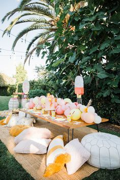 """Fun, festive """"end of summer"""" soiree and pool party Fun, festliche """"Ende des Sommers"""" Soiree und Pool-Party Pool Party Themes, Pool Party Kids, Garden Party Decorations, Kids Picnic Parties, Summer Party Themes, Party Garden, Soiree Party, Diy Party, Party Ideas"""