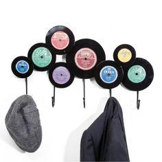 Vinyl Record Crafts, Record Art, Vinyl Art, Record Bowls, Crafts To Do, Arts And Crafts, Diy Crafts, Ideias Diy, Diy Bar