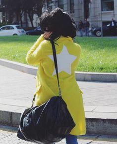 GIULIA DE LELLIS #new #collection #shopart #shopartmania #fallwinter16 #winterstyle #wearingshopart #giuliadelellis #coat #yellow #adorage #style #coolstyle #star #winterstyle