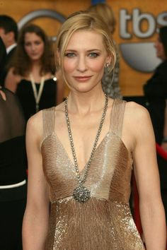 Cate Blanchett Th Annual Screen Actors Guild Awards Goldish Dress Cate Blanchett Sag Awards Hot
