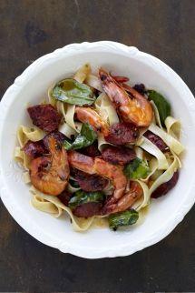 http://www.nomu.co.za/recipes/prawn-chorizo-and-lemony-tagliatelle