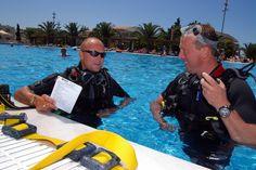 Matt teaching Scuba Diving, Kos, Teaching, Diving, Teaching Manners, Learning, Education, Snorkeling