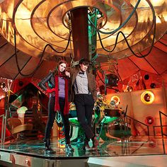 New Tardis interior pictures. (I am so sad that they changed the TARDIS for season seven! It's now all depressing and dark again. This was my favorite TARDIS!)