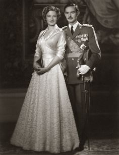 Prinses Josephine-Charlotte van België met Groothertog Jan van Luxemburg. 1954, bromide foto, formaat 16 x 24 cm. Foto gemaakt door Robert Marchand, uit de verzameling van Wilfried Vandevelde.