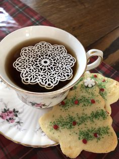 Sugar Doilies Tea Blog, Doilies, Tea Time, Tea Party, Sugar, Messages, Heart, Tableware, Dinnerware