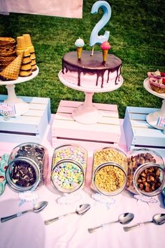 "Ice Cream Party / Birthday ""Little Ice Cream Shop"" 