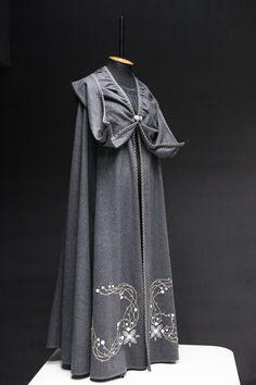 """""""Fairy Tale"""" Grey Woolen Cloak"""