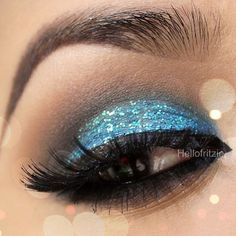 Beautiful blue glitter makeup By @hellofritzie