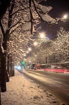 Street by Sergei Knyuh on 500px