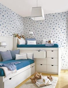 Love the stacked beds. Shared room for the boys. Home Bedroom, Kids Bedroom, Bedroom Small, Bedroom Ideas, Kids Rooms, Shared Bedrooms, Bedroom Storage, Girl Room, Small Spaces