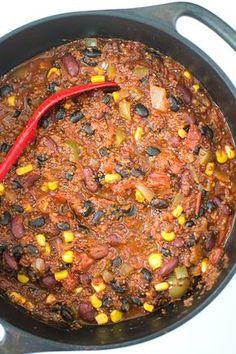 Veganska chiligryta med bönor och quinoa
