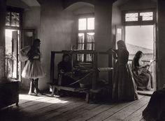 Ανδρίτσαινα - 107 αριστουργηματικές φωτογραφίες μιας απλής, ήσυχης Ελλάδας (1903-1930) - RETRONAUT - LiFO