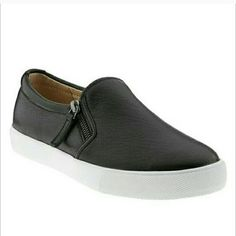 basic black leather slip on sneakers simple perfect everyday shoes, comfy and does with many outfits. a basic everyone needs. Shoes Sneakers