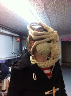 Have you hugged a face today by Knitrocious on Etsy. Oh somebody out there has a deliciously sick sense of humor. This is a hand knitted Alien Face Hugger (the thing that kind of looked like a crab/scorpion). Hilarious!
