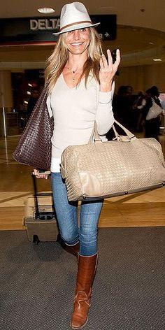 「空港ファッション」は、こなれセレブがお手本!