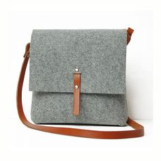 Customized Wool Felt Over Shoulder Bag,Direct Supplier From China,Material:ECO Felt,Features:1)Customized Color and Size,2)OEM/ODM Available,3)Multi-functional,4)Soft and Water-proof Material