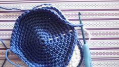 Anleitung Schühchen - New Ideas I Cord, Baby Born, Kids And Parenting, Crochet Hats, Free Crochet, Crochet Pattern, About Me Blog, Beanie, Converse
