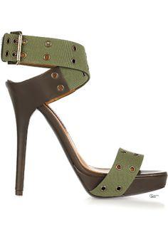Ralph Lauren ● Jesalin canvas sandals