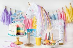 (Simple & Sweet) Unicorn Birthday Party Ideas // Hostess with the Mostess®