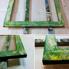 Cornice in lavorazione. #artigianato #legno #colori #materia #liguria #handmade #colors #framer