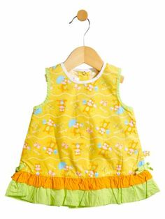 Picture your little girl in this yellow sleeveless A-line frock on a hot summer day. Won't she look as fresh and minty as a glass of cool orange juice? Perfectly tailored with summery colours like apple green on the sleeves, orange on the low lying frills, a hint of turquoise blue on the prints, this frock is a perfect choice for the approaching summers!
