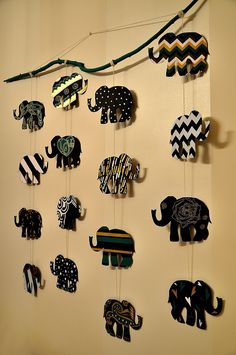 [New] The 10 All-Time Best Home Decor (Right Now) - Ideas by Annie Chevez - This beautiful elephants wall hanging Diy Crafts Hacks, Diy Home Crafts, Diy Arts And Crafts, Decor Crafts, Elephant Crafts, Elephant Wall Art, Idee Diy, Cardboard Crafts, Diy Canvas Art