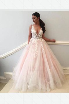 0bfbbe2e2a0 Custom Made Glorious V Neck Prom Dresses Champagne V Neck Tulle Lace  Applique Long Prom Dress