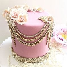 This pretty cake could be used for many different celebrations... Birthday, Wedding, Engagement, Anniversary