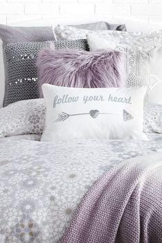 Dorm Room Headboards, Dorm Room Walls, Bed Room, Purple Dorm Rooms, Cute Dorm Rooms, Lilac Bedroom, Girls Bedroom, Bedroom Ideas, Design Seeds