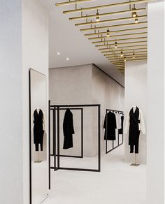 Jil Sander's New Berlin Store by Andrea Tognon Architecture | http://www.yellowtrace.com.au/jil-sander-berlin-andrea-tognon/