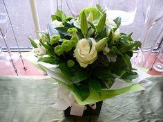 M14 Bouquets 237 © Zara Dalrymple by Zara Flora, via Flickr http://www.zaraflora.com  #follow @zaraflora & @mothersflowers