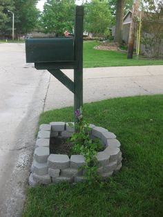 Send us Cards in our pretty new Mailbox! We gave our mailbox area a substantial makeover last month Mailbox Planter, Brick Mailbox, Mailbox Garden, New Mailbox, Mailbox Ideas, Mailbox Designs, Flag Pole Landscaping, Backyard Landscaping, Landscaping Ideas