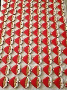 santa cookies using heart cookie cutter Tomtekakor gjorda med en hjärtform Christmas Biscuits, Christmas Sugar Cookies, Christmas Sweets, Christmas Cooking, Noel Christmas, Christmas Goodies, Holiday Cookies, Christmas Cupcake Toppers, Christmas Cookie Cutters