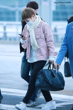 160305 EXO Xiumin | Incheon Airport to Dalian Airport