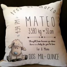 Cojin personalizado para Mateo#cojin#personalizado#mateo#oveja#cute#lindo#detalle#regalo#bienvenida#bebé#nacimiento#baby#tuthuru#gdl#guadalajara#chapalita#ave.delasrosas Foto Transfer, Baby Shawer, Baby Decor, Kids And Parenting, Baby Room, Baby Gifts, New Baby Products, Diy And Crafts, Kids Room
