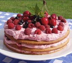 Lagkage med hindbærcreme