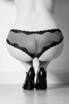 Provocative Boudoir Photography | Sexy Panty Photos