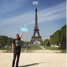 This Man Asked The Internet To Photoshop The Eiffel Tower Under His Finger. The Internet Duly Responded...