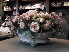 Een ruime keuze van zijde bloemen en bloemwerk bij De Binnentuin