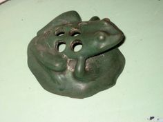 Rare Vintage Zane Ware Peters & Reed Art Pottery Frog Flower Frog