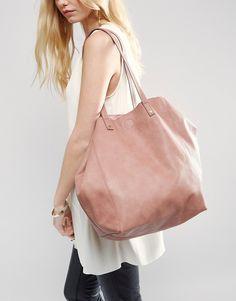 9b8f31c8f845 58 meilleures images du tableau Sac   Clutch bag, Leather et Purses ...