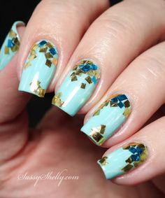 Abstract Nail Art -