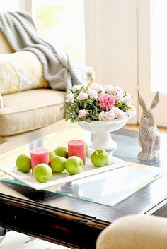 TOP THIS TOP THAT: Create A Spring Coffee Table....using what you have #bHomeApp