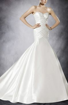 Pleat Tiered Bodice Taffeta Strapless Trumpet Wedding Gowns